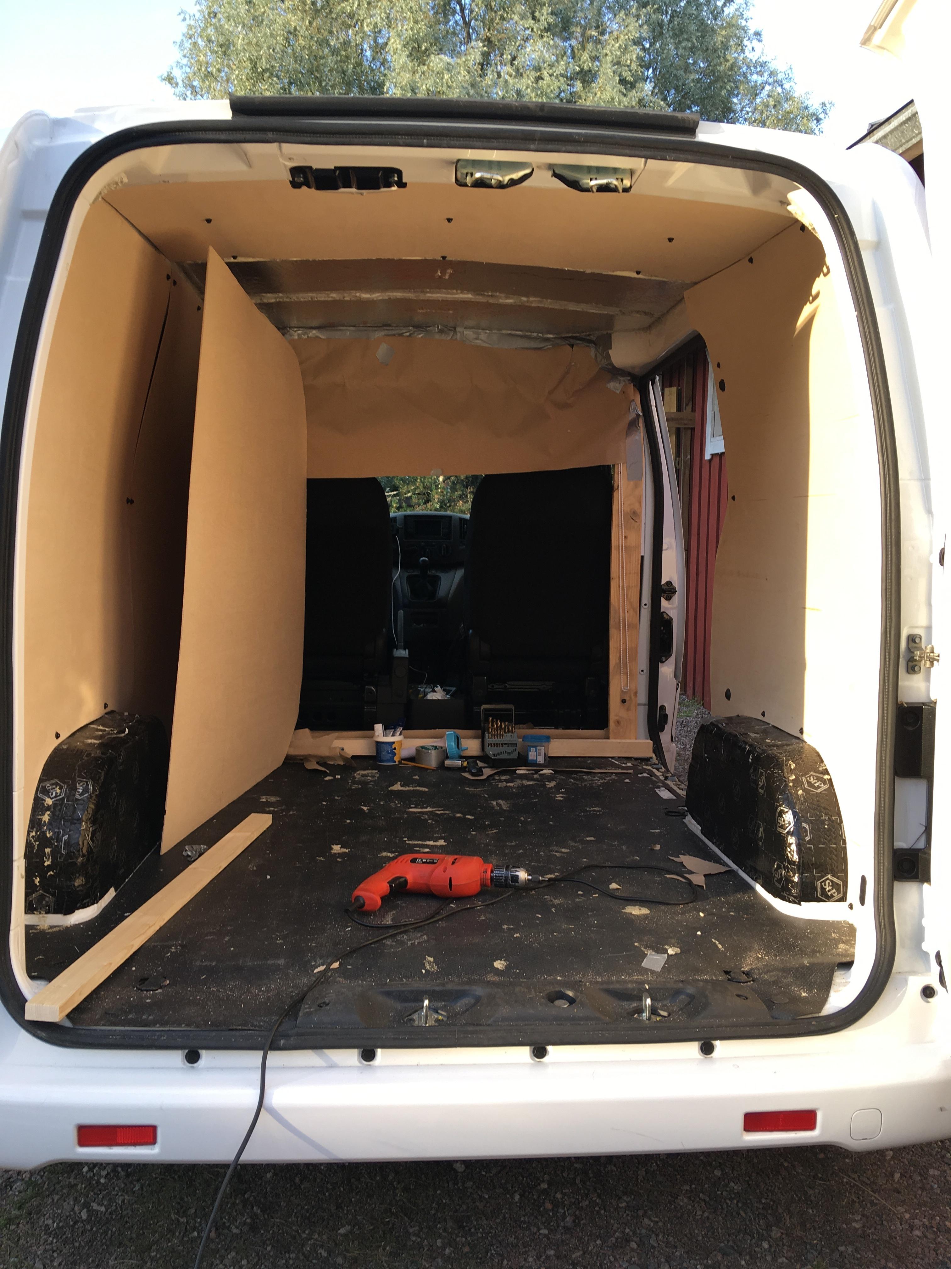 Nissan NV200, a mini campervan build